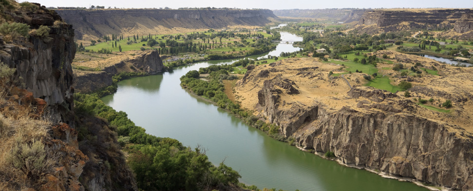 Snake River valley north of Twin Falls, Idaho<br/>-- Baxternator